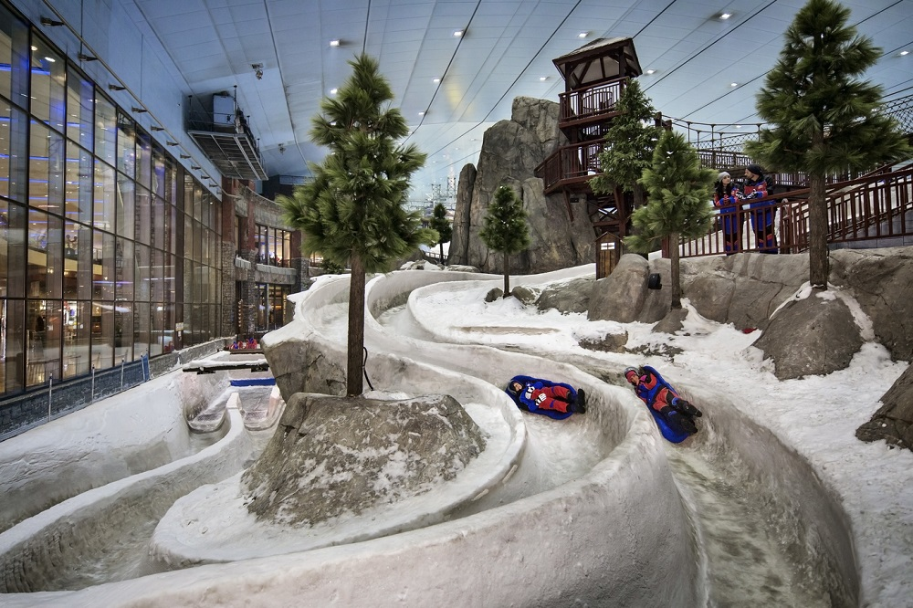 Adventure luge racing at Ski Dubai